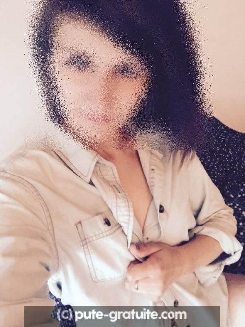 Rencontre sexe avec une jeune pute de Perpignan
